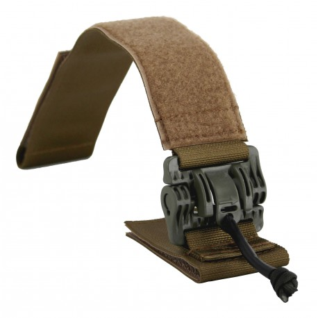 Quick release shoulder straps